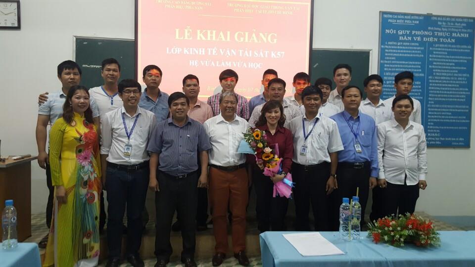Khai giảng Lớp Kinh tế Vận tải sắt K57 - hệ Vừa làm Vừa học tại Bình Dương